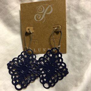 Plunder navy earring